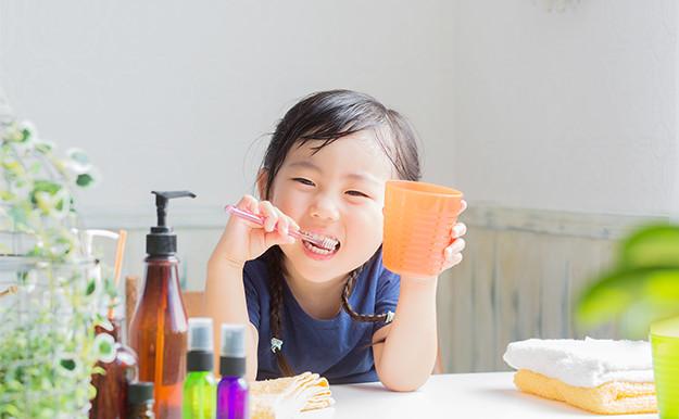 いずれ抜ける乳歯もオーラルケアは大切です!